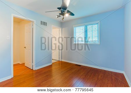 Empty Bedroom In A New townhouse .