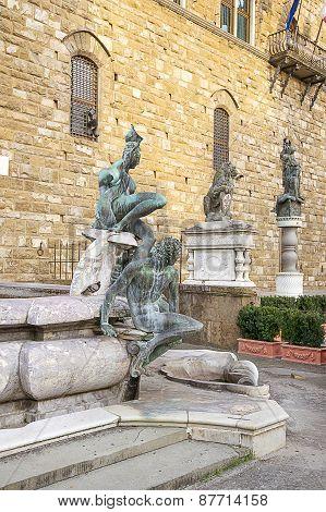 Fountain Of Neptune Near The Old Palace (palazzo Vecchio) On Square Of Signora (piazza Della Signori
