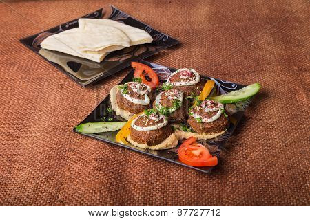 Arab food. Meat balls