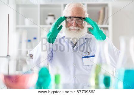Senior scientist