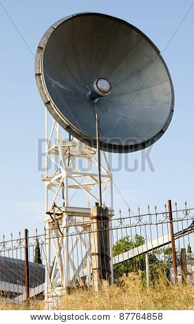 Parabolic Antenna.