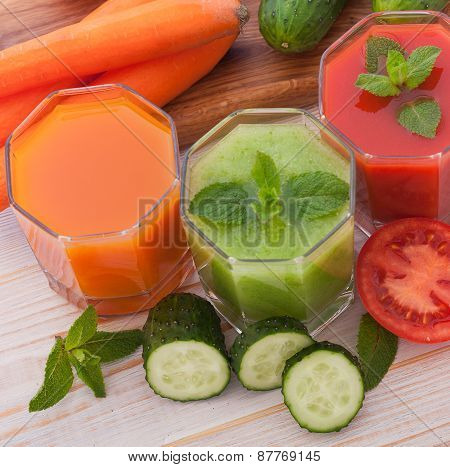 Tomato, cucumber, carrot Juice and vegetables