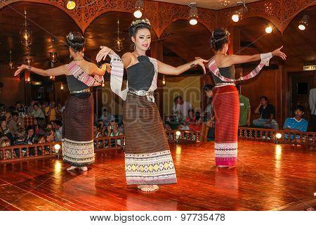 Thai traditional dances