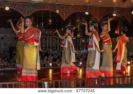 Thai dances