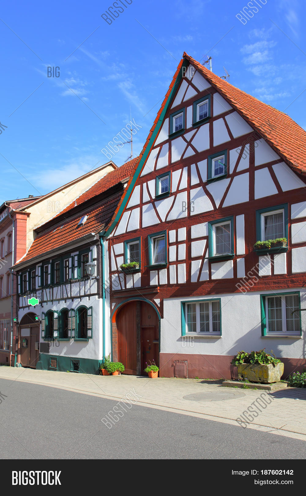 Street old houses germany image photo bigstock for Big houses in germany