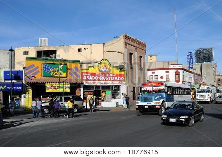 CIUDAD JUAREZ - FEB. 27: Busy intersection of Avenida 16 de Septiembre and 2da Calle Ugarte in downtown Ciudad Juarez, which has become the most violent city in Mexico, on Feb. 27, 2009.