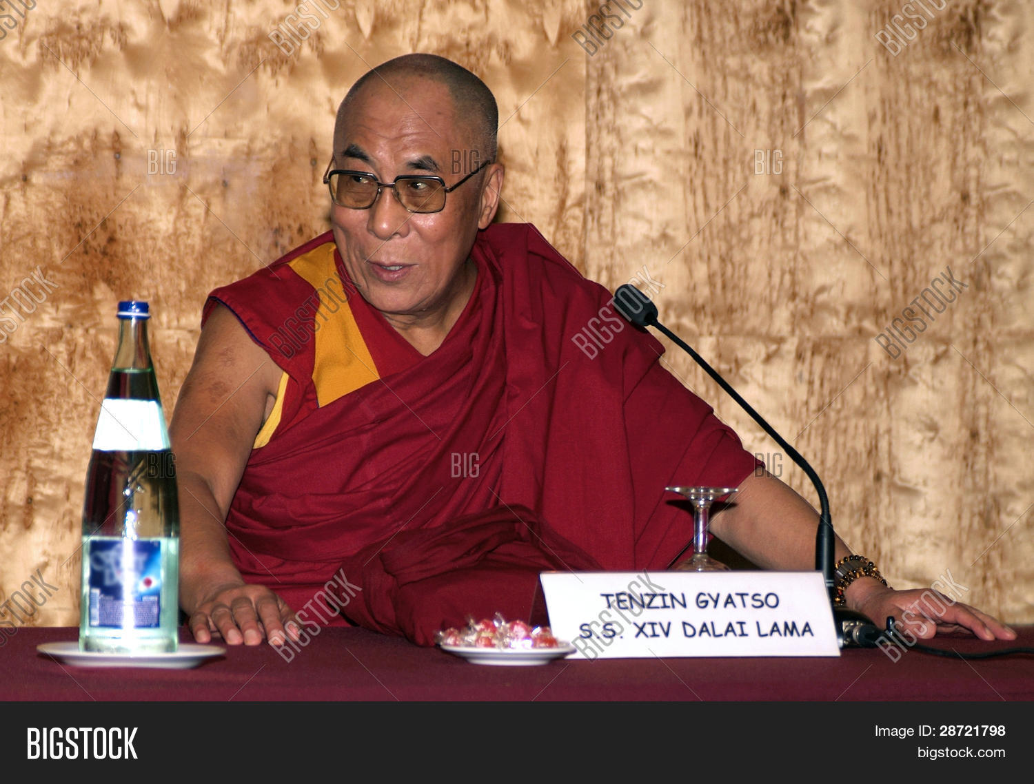 dalai lama essay essay Tibetan buddhist leader 14 th dalai lama essay tibetan buddhist leader 14 th dalai lama essay the dalai lama has been both the temporal and the spiritual leader of tibet since the 16th century.