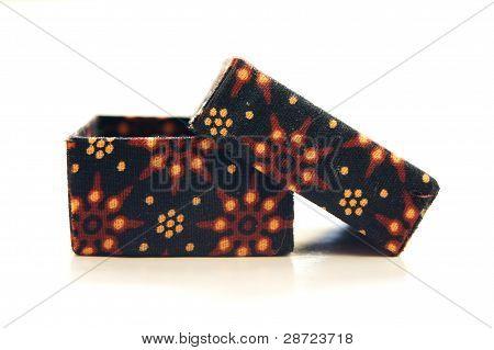 batik box