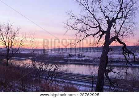Daytons Bluff Along Mississippi River