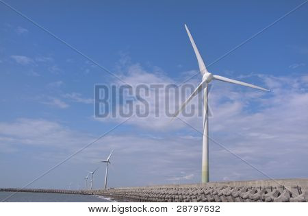 Wind power group at the Shore
