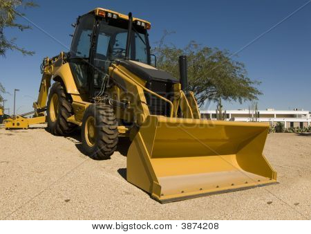Heavy Duty Construction Machinery