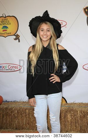 LOS ANGELES - OCT 21: Lia Marie Johnson at the Camp Ronald McDonald for Good Times 20th Annual Halloween Carnival at the Universal Studios Backlot on October 21, 2012 in Los Angeles, California