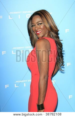 LOS ANGELES - OCT 23: Kenya Moore at the Premiere of Paramount Pictures' 'Flight' at ArcLight Cinemas on October 23, 2012 in Los Angeles, California