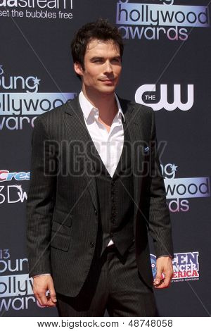 LOS ANGELES - AUG 1:  Ian Somerhalder arrives at the 2013 Young Hollywood Awards at the Broad Stage on August 1, 2013 in Santa Monica, CA