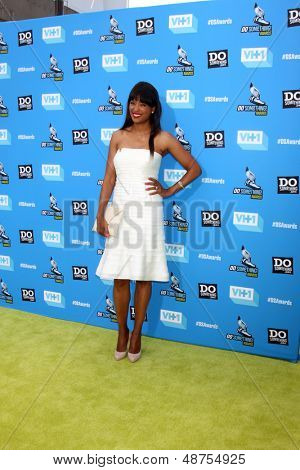 LOS ANGELES - JUL 31:  Aisha Tyler arrives at the 2013 Do Something Awards at the Avalon on July 31, 2013 in Los Angeles, CA