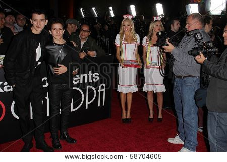 Asa Butterfield, Aramis Knight, Anne McDaniels and Kourtney Pogue at the