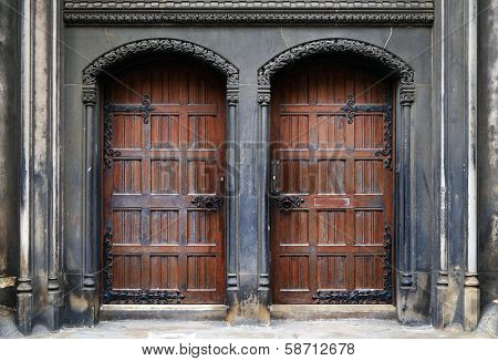 Traditional doors in the Old Town in Edinburgh, Scotland