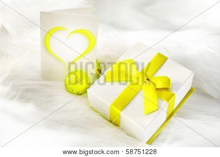 yellow present box