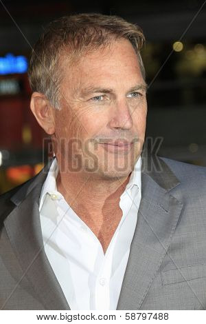 LOS ANGELES - JAN 15: Kevin Costner at the premiere of Paramount Pictures' 'Jack Ryan: Shadow Recruit' at TCL Chinese Theater on January 15, 2014 in Los Angeles, CA