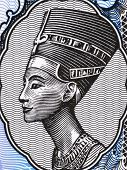 EGYPT - CIRCA 1998: Queen Nefertiti (1370-1330 BC) on 5 Piastres 1998 Banknote from Egypt. Great Roy