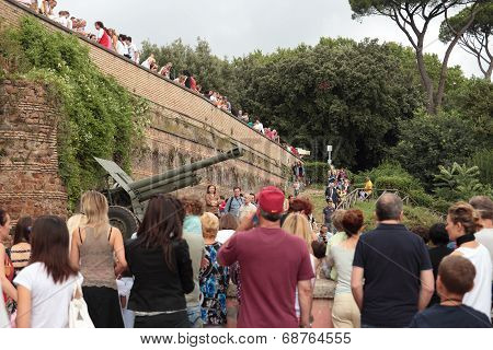 Janiculum Hill Cannon In Rome