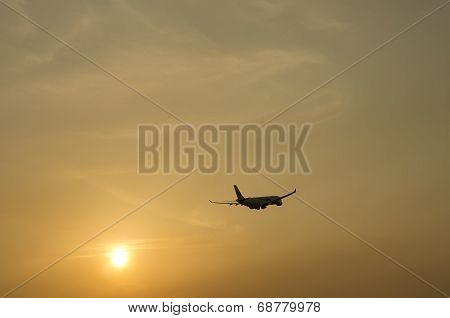 Boeing 737 Take Off