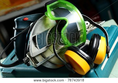 Circular Saw Blade With Headphones