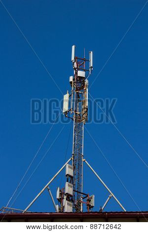 Large Antenna Mobile Communication