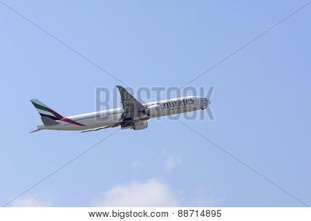 Emirates Airlines Boeing 777-300 ER