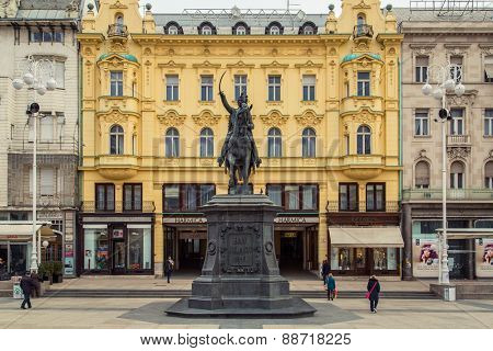 ZAGREB, CROATIA - 12 MARCH 2015: Main square with Ban Jelacic statue.