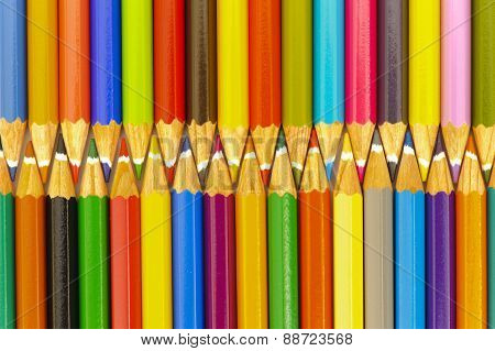 crayons as zipper