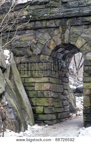 Ramble Stone Arch In Winter