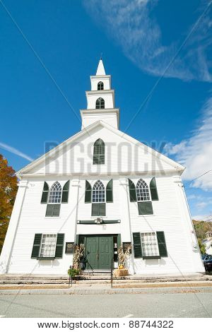 White Wooden Church,. Newfane, Windham County, Vermont, Usa