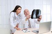 picture of radiogram  - Doctors receiving X - JPG