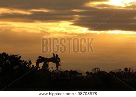 Sunset oil pump jack