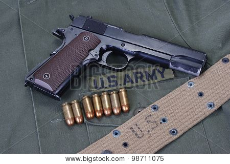 Colt Goverment 1911 With Us Army Uniform