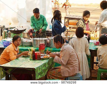Street Restaurant, Yangon