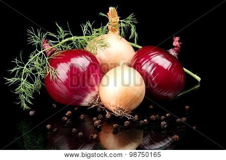 Onions,red Onions,dill,pepper And Allspice Isolated On Black