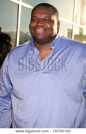 LOS ANGELES - AUGUST 4:  Kelvin Brown arrives at the