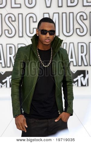 LOS ANGELES - SEP 12:  Trey Songz arrives at the 2010 MTV Video Music Awards  at Nokia - LA Live on September 12, 2010 in Los Angeles, CA