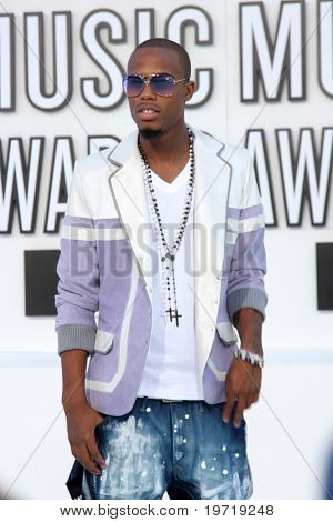 LOS ANGELES - SEP 12:  B.o.B. arrives at the 2010 MTV Video Music Awards  at Nokia - LA Live on September 12, 2010 in Los Angeles, CA