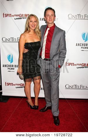 LOS ANGELES - SEP 29:  Selena Fara, Chad Lindberg arrives at the