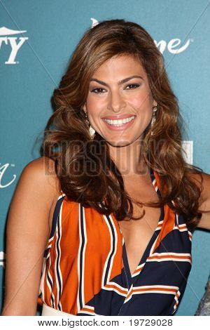 LOS ANGELES - SEP 30:  Eva Mendes arrives at  Variety's 2nd Annual Power of Women Luncheon at Beverly Hills Hotel on September 30, 2010 in Beverly Hills, CA