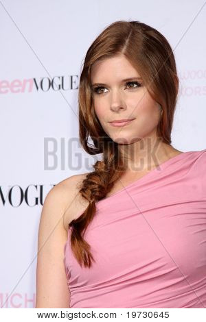 LOS ANGELES - OCT 1:  Kate Mara arrives at the 8th Teen Vogue Young Hollywood Party - Red Carpet at Paramount Studios on October 1, 2010 in Los Angeles, CA