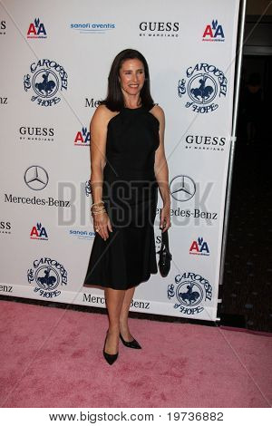 LOS ANGELES - OCT 23:  Mimi Rogers arrives at the 2010 Carousel of Hope Ball at Beverly Hilton Hotel on October 23, 2010 in Beverly Hills, CA