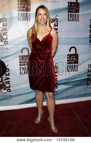 LOS ANGELES - NOV 7:  Renee O'Connor arrives at the 2010 Freedom Awards  at Redondo Beach Performing Arts Center on November 7, 2010 in Redondo Beach, CA