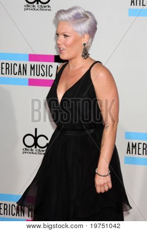 LOS ANGELES - NOV 21:  Pink arrives at the 2010 American Music Awards at Nokia Theater on November 21, 2010 in Los Angeles, CA