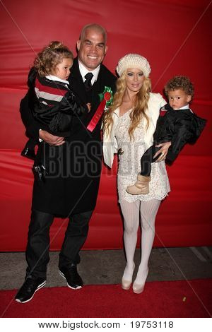LOS ANGELES - NOV 28:  Tito Ortiz, Jenna Jameson, their children Jesse and Journey arrive at the 2010 Hollywood Christmas Parade at Hollywood Boulevard on November 28, 2010 in Los Angeles, CA