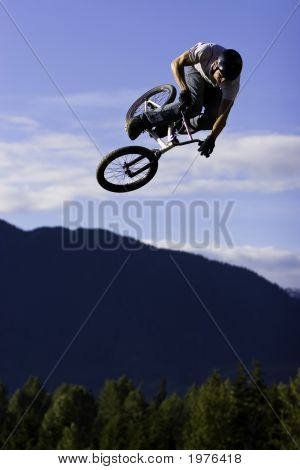 High Flying Bike Jumper