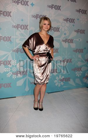 PASADENA, CA - JAN. 11:  Sarah Jones arrives at the FOX TCA Winter 2011 Party at Villa Sorriso on January 11, 2011 in Pasadena, CA